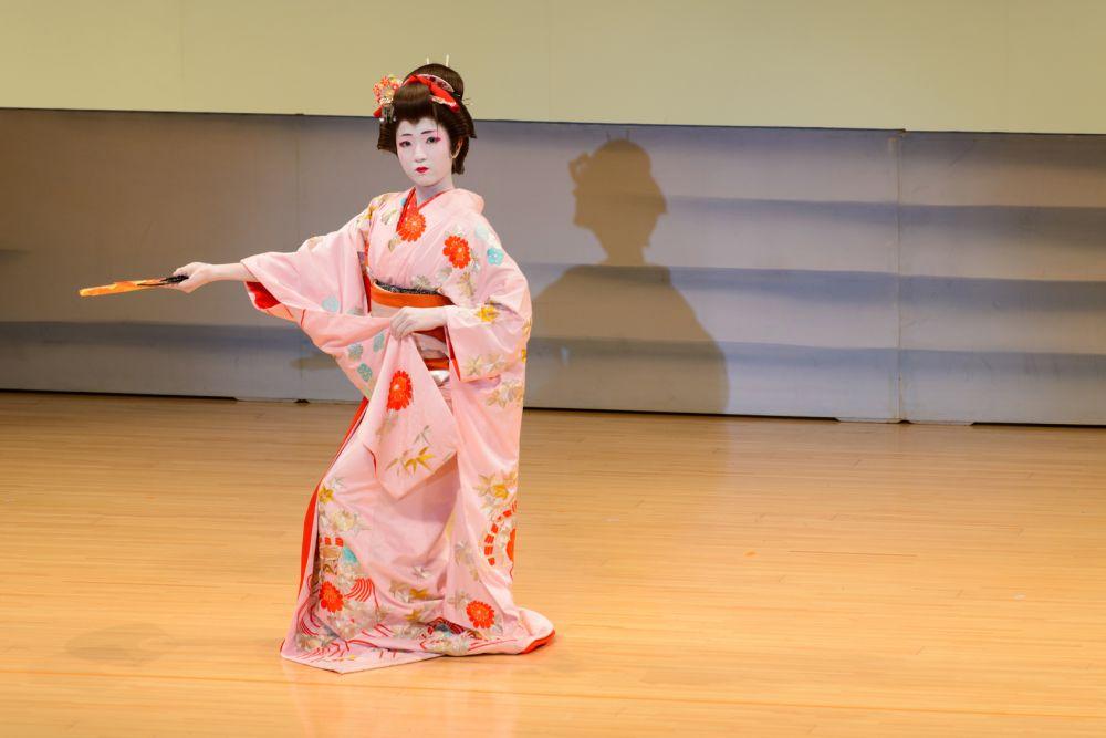 日本舞踊(日舞)レッスン